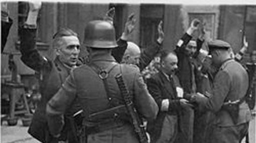 Alemanes en Varsovia