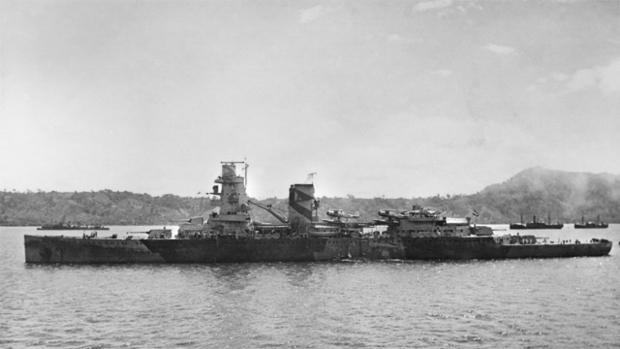 Fotografía de «De Ruyter» en el ancla, poco antes de su pérdida en la batalla del mar de Java.