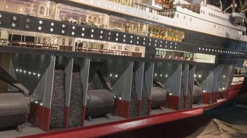 División entre las carboneras y las respectivas salas de máquinas