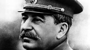 Katyn: la oculta masacre comunista en la que Stalin aniquiló a 22.000 prisioneros de guerra