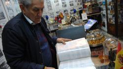 Manuel Palomo muestra su museo a ABC