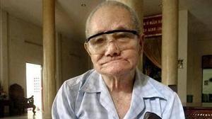 Un centenario «cazatesoros» se retira tras 50 años buscando en Vietnam el oro de Yamashita