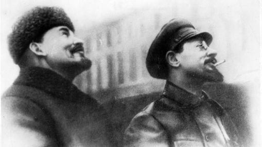 Vladimir Ilich Lenin con Sverdlov