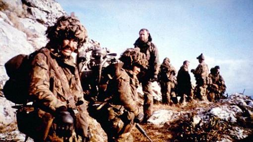 Combatiententes en el monte Longdon