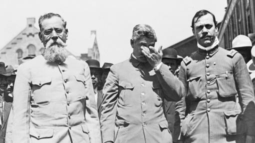 De izquierda a derecha, Venustiano Carranza, Luis Caballero, Francisco Coss