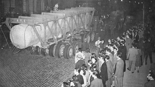 Transporte de los Juanelos durante la edificación del Valle de los Caídos
