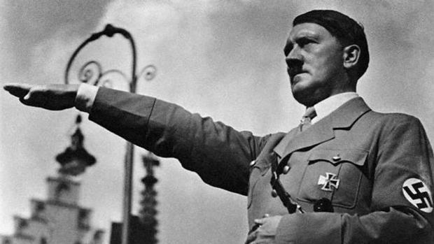 El hallazgo del cuerpo de Adolf Hitler en el búnker de la Cancillería ha provocado cientos de leyendas negras