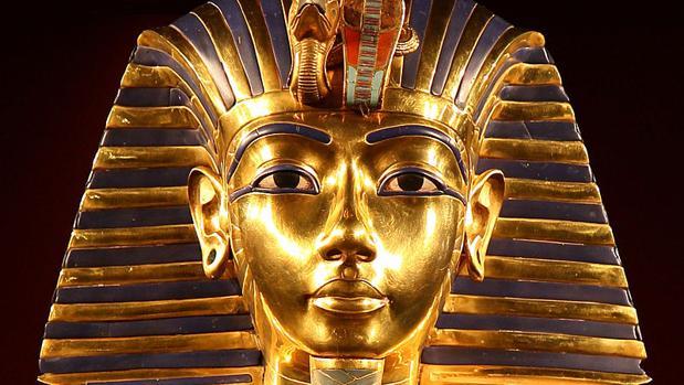 Máscara funeraria de Tutankamón en el Museo Egipcio de El Cairo