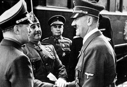 Franco y Hitler, durante la entrevista en Hendaya