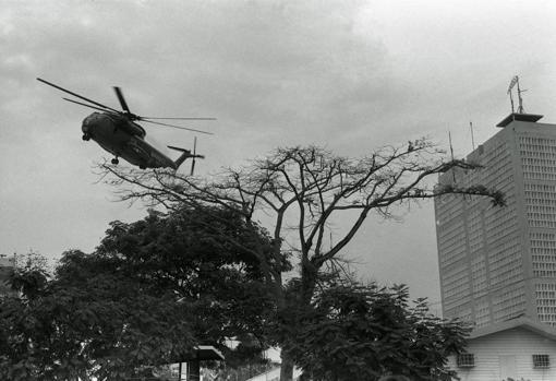 Las últimas tropas estadounidenses abandonan Vietnam