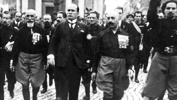Mussolini: el golpe fascista que oscureció el mundo