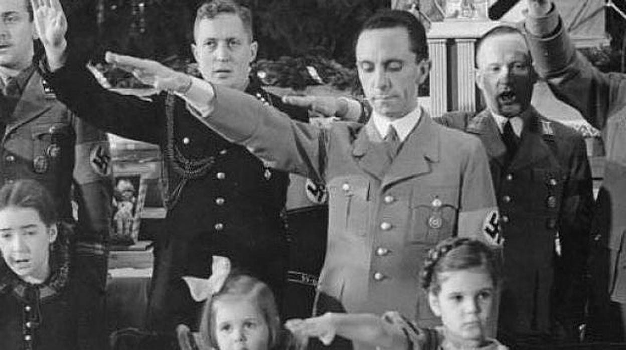 Insultos Y Burlas La Traumática Infancia Que Transformó A Goebbels En Un Satanás Nazi