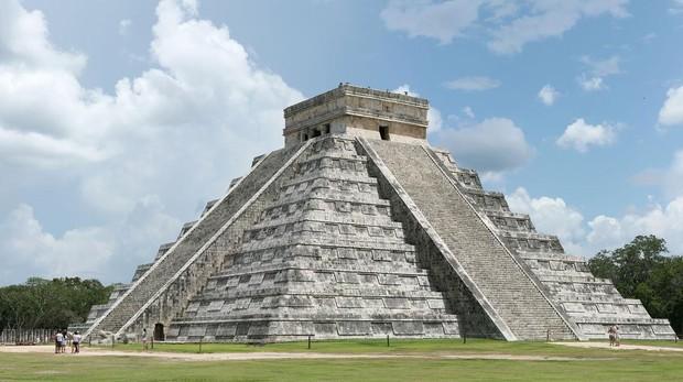 Chichén Itzá, uno de los principales sitios arqueológicos de la península de Yucatán (México)