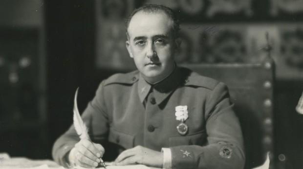 Franco, en su cuartel de Salamanca en agosto de 1936, un mes después del fallido atentado