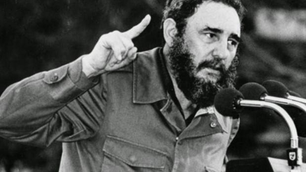 Castro, en 1961, dos años después de triunfar la revolución cubana y rotas ya las relaciones con Venezuela