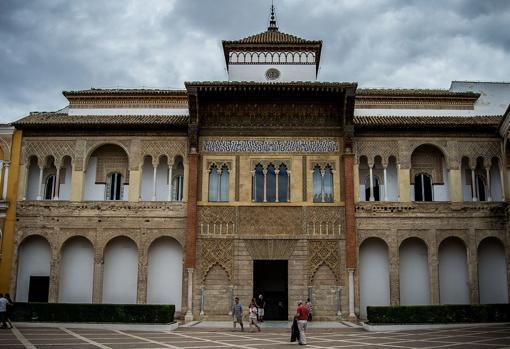 Fachada del Palacio del rey don Pedro, en el Real Alcázar de Sevilla.