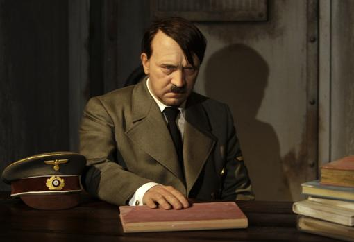 Recreación de Hitler en el búnker