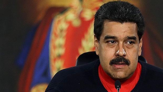 Una operación policial encubierta envía grandes sumas de dinero de la droga al asistente de Maduro