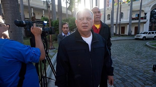 Cabello abandonando la Asamblea Nacional en su primera sesión ordinaria, el 6 de enero