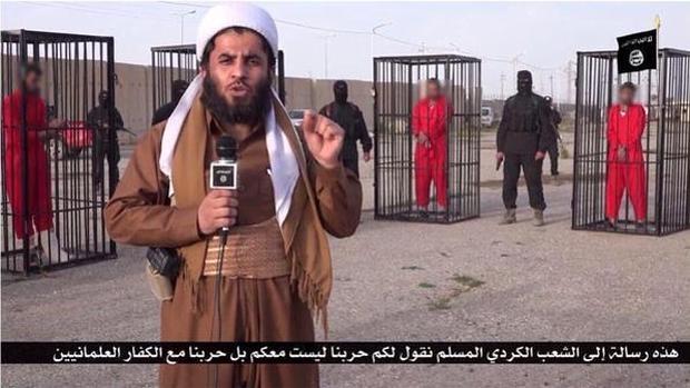 Un vídeo muestra a soldados kurdos enjaulados por el Daesh