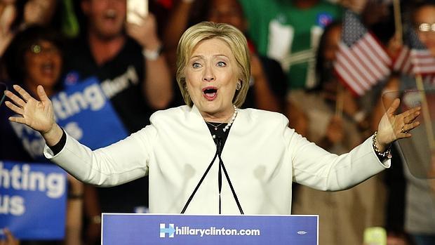 Bernie Sanders sobrevive al empuje de Hillary Clinton en los estados sureños