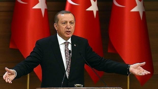 Erdogan, el «sultán« que juega con Europa