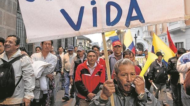 Grupos sociales y políticos de oposición en Ecuador