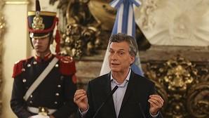 El presidente argentino, Mauricio Macri, comparece ante la prensa en la Casa Rosada