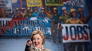 La candidata a la nominación demócrata Hillary Clinton