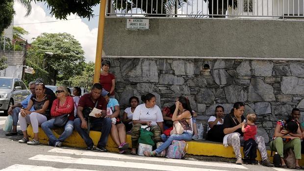 Los apagones y la miseria encienden la cólera popular en Venezuela