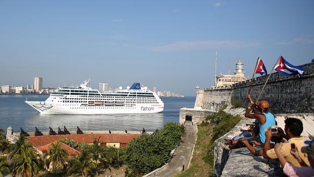 Llega a La Habana el primer crucero de EE.UU. a Cuba en cinco décadas
