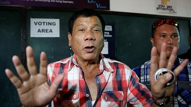 «El Castigador» Rodrigo Duterte, favorito en las elecciones de Filipinas