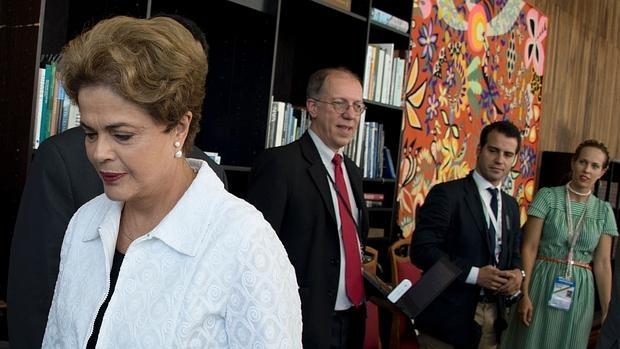 Dilma Rousseff quiere leer, oír opera... y ser absuelta