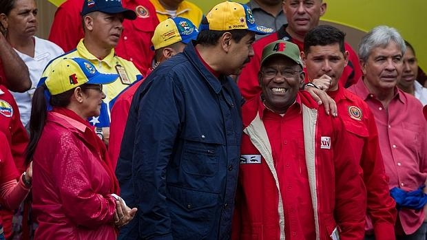 Venezuela oficializa el estado de excepción y de emergencia económica durante dos meses