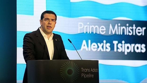El primer ministro griego, Alexis Tsipras, cubrió las espaladas del embajador de Venezuela en Atenas, que acosó a cinco mujeres