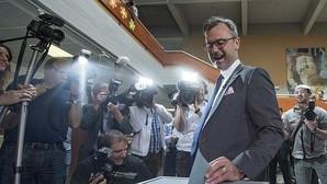 El candidato presidencial del ultraderechista Partido Liberal (FPÖ), Norbert Hofer