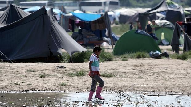 La Policía griega inicia la evacuación del campo de Idomeni