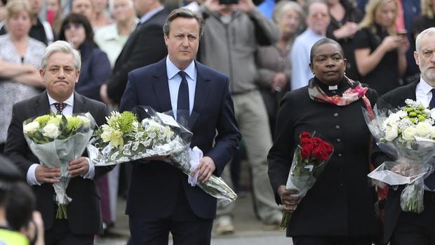 Hemeroteca: Las medidas de seguridad (o la falta de ellas) de los políticos británicos   Autor del artículo: Finanzas.com