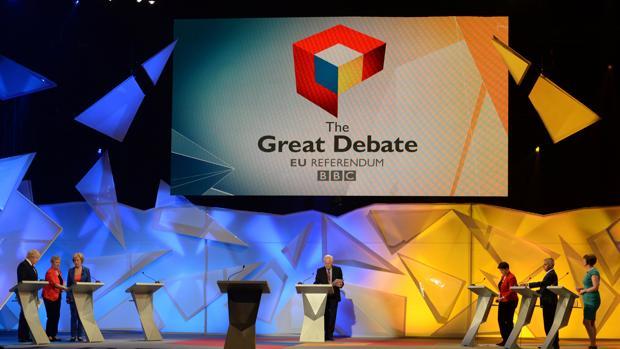 La líder conservadora escocesa sorprende en el debate de Wembley y frena a Boris Johnson