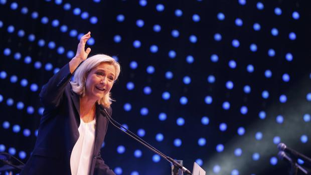 Marine Le Pen en un acto de su partido en Viena, Austria