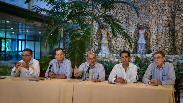 Las FARC se concentrarán en zonas limitadas y feudos históricos