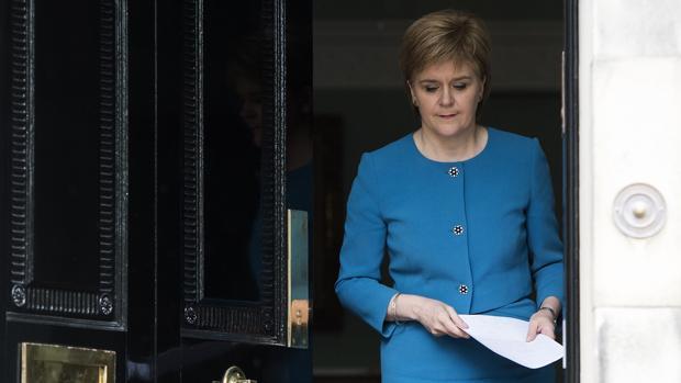 Tambalea la Unión Europea - Página 2 Sturgeon-escocia-referendum-k03E--620x349@abc