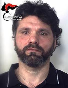 Detenido en sur de Italia el mafioso Ernesto Fazzalari, en fuga desde 1996