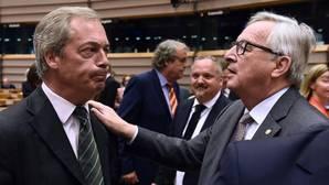 Juncker, a los eurófobos ingleses del Parlamento Europeo: «¿Por qué estáis aquí?»
