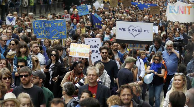 Los incidentes racistas crecen en Londres un 50 por ciento desde el Brexit