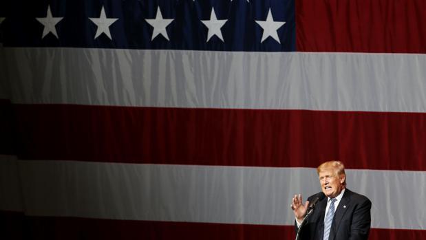 Los republicanos aprueban la construcción de un muro que separe EE.UU de México