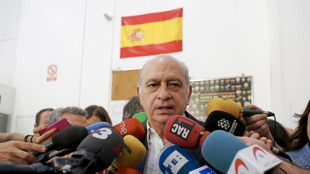 Interior reunir este viernes a la mesa de valoraci npara for Ministro del interior espana 2016