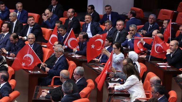 La oposición turca rechaza reinstaurar la pena de muerte