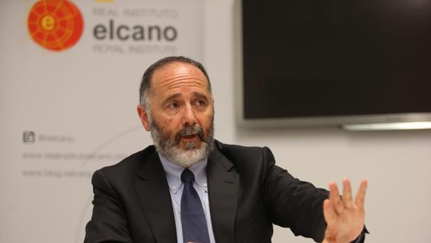 Fernando Reinares, autor del informe del Instituto ElCano «Estado Islámico en España», durante la entrevista con ABC