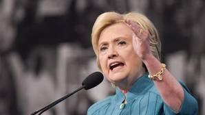Hillary Clinton busca el voto latino con una nueva cuenta de Twitter en español